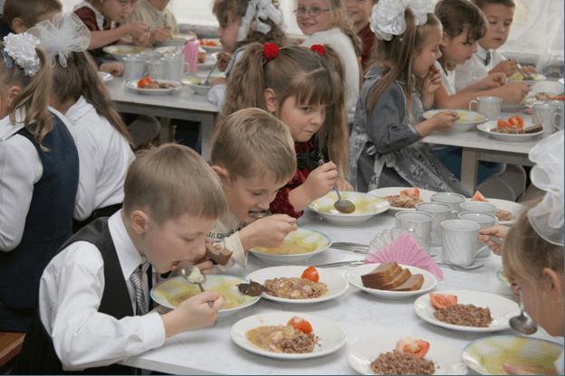 Бесплатное детское питание. Кому это будет доступно в 2015 году?