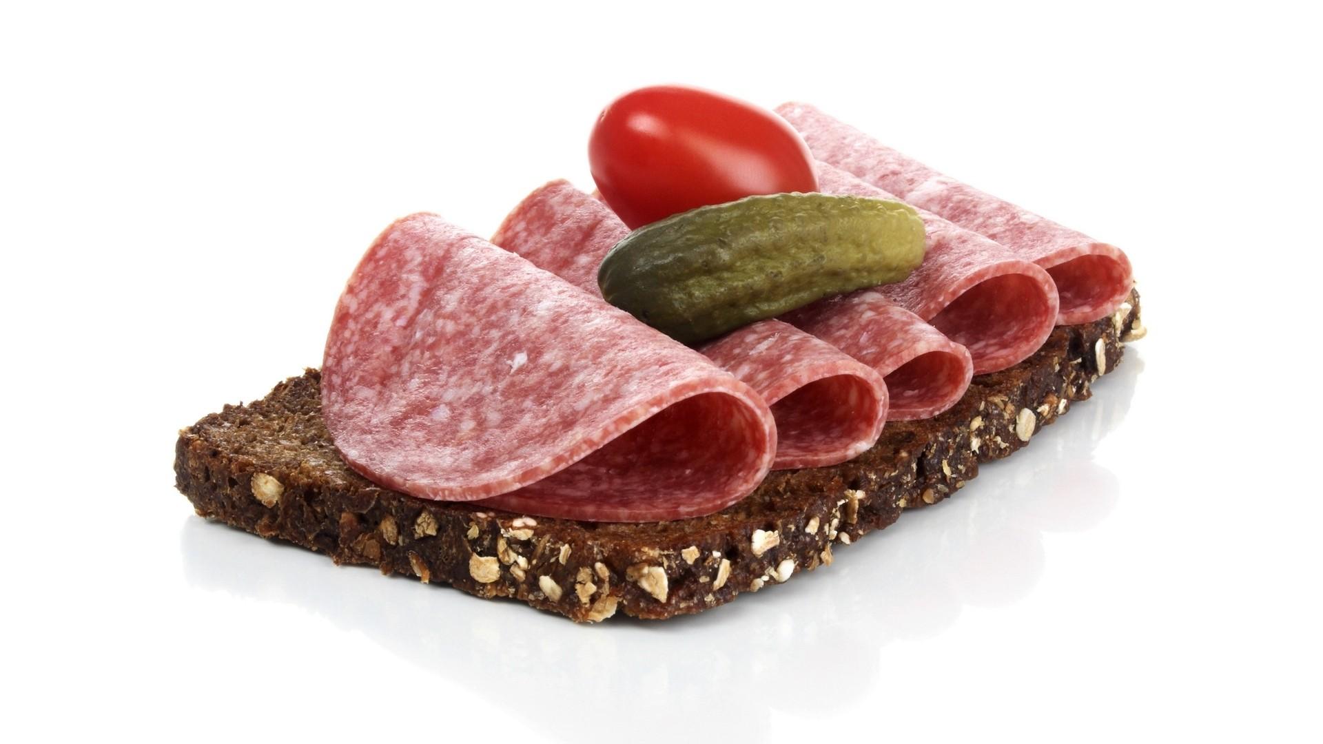 Сколько ккал в бутерброде с колбасой вареной