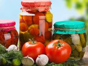 Причины, признаки и как избежать ботулизма в консервации грибов, варенья, огурцов и помидор